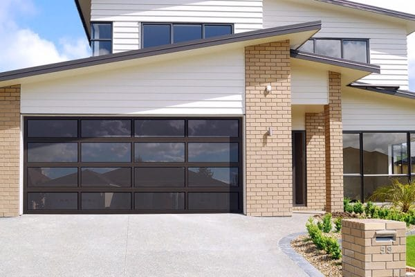 Great curb appeal garage door design