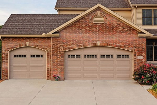 Who installs garage doors in Boulder